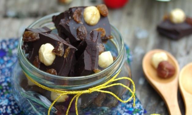 Mazsolás, mogyorós csokoládé