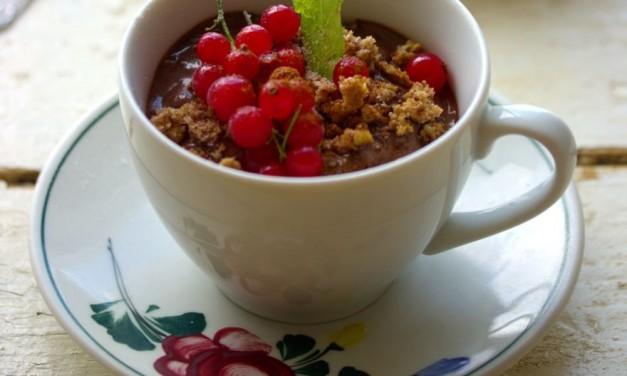 Gyümölcsös, kekszes desszert