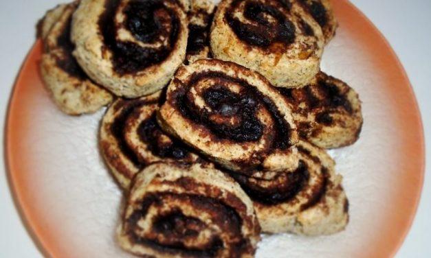 Kakaós-diós-mogyorós csiga (kókusztej készítés maradékából)